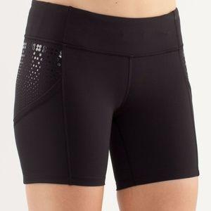 Lululemon Black Run Dart and Dash Shorts  2